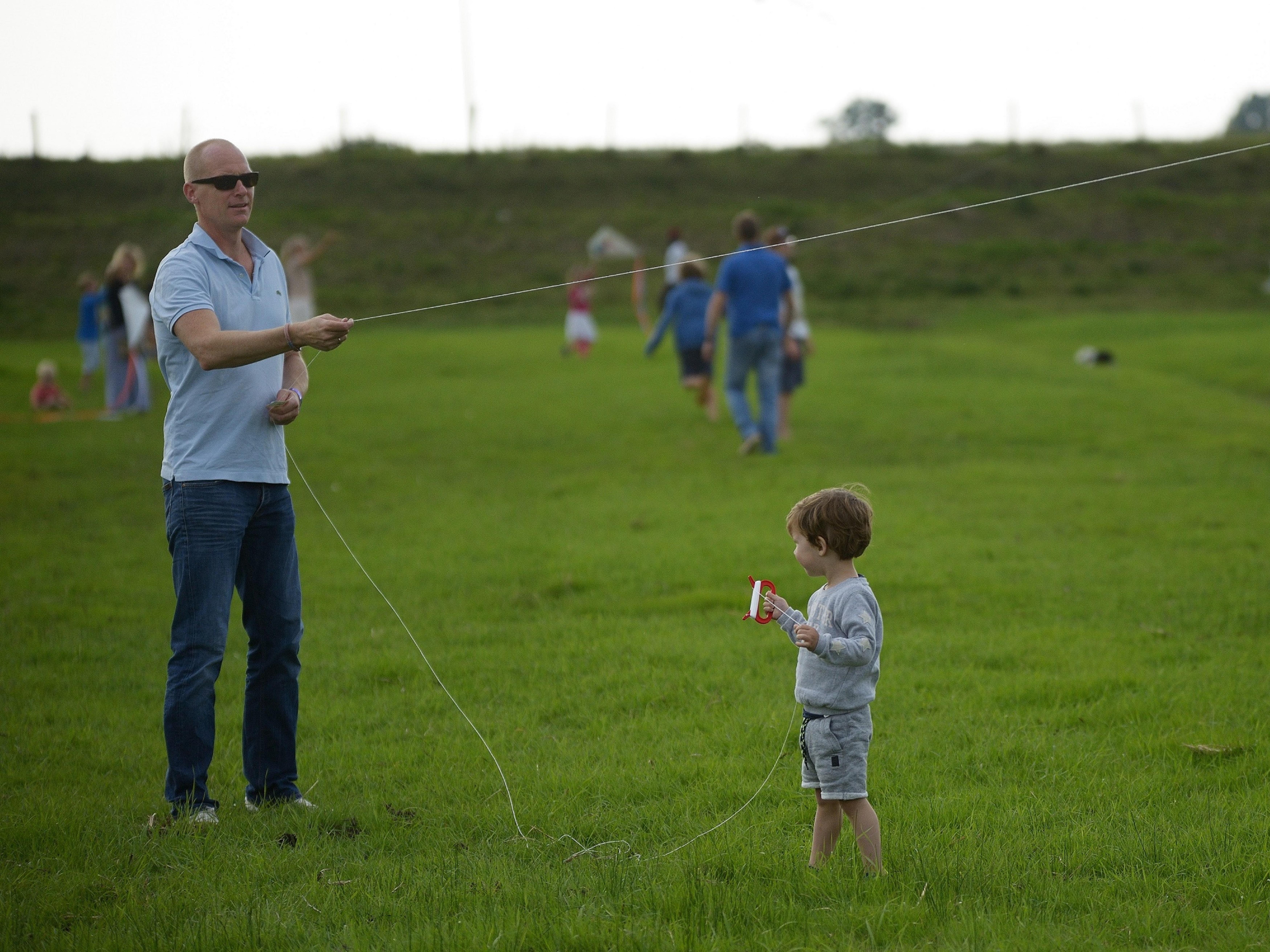 KC De Kolk. 3 sept. 2017 vliegers schilderen door kinderen en vliegeren t.g.v. 10 jarig bestaan.